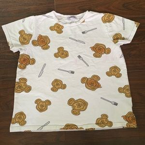 PUNYUS Collaboration T-shirt Mickey Waffles shirt